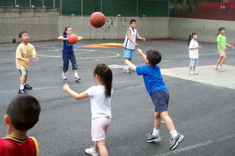 Passing The Ball - Childrens Game