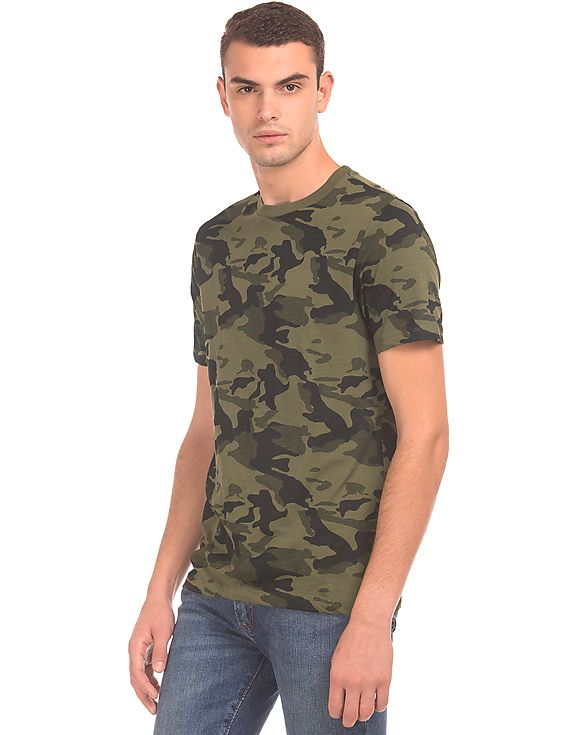 Camouflage t-shirt by Aeropostale