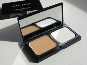Bobbi Brown Skin Weightless face Powder Foundation