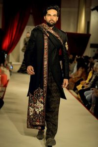 Black Sherwani For Groom - By Rohit bahl