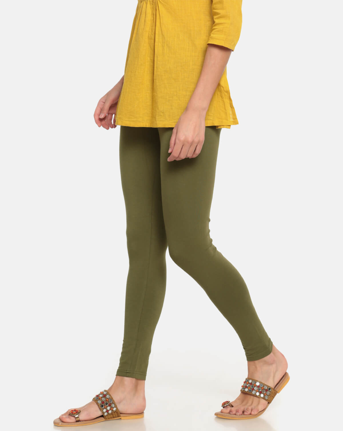 db5f80cdfb9766 10 Best Leggings & Jeggings Brands for Women in India (2019)