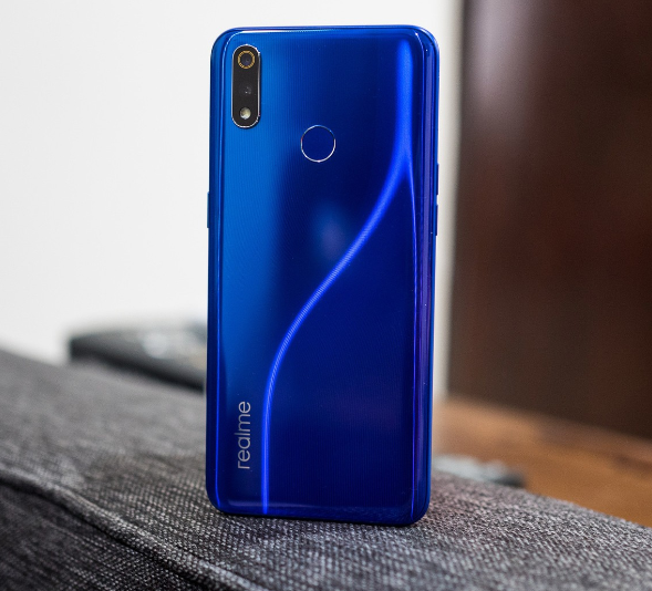 Realme 3 Pro Design Back View